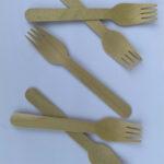 Nĩa bằng gỗ
